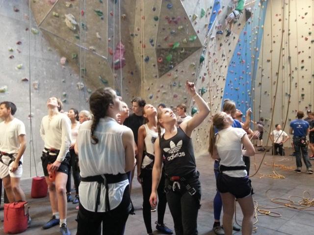 Climbing in IDH 2