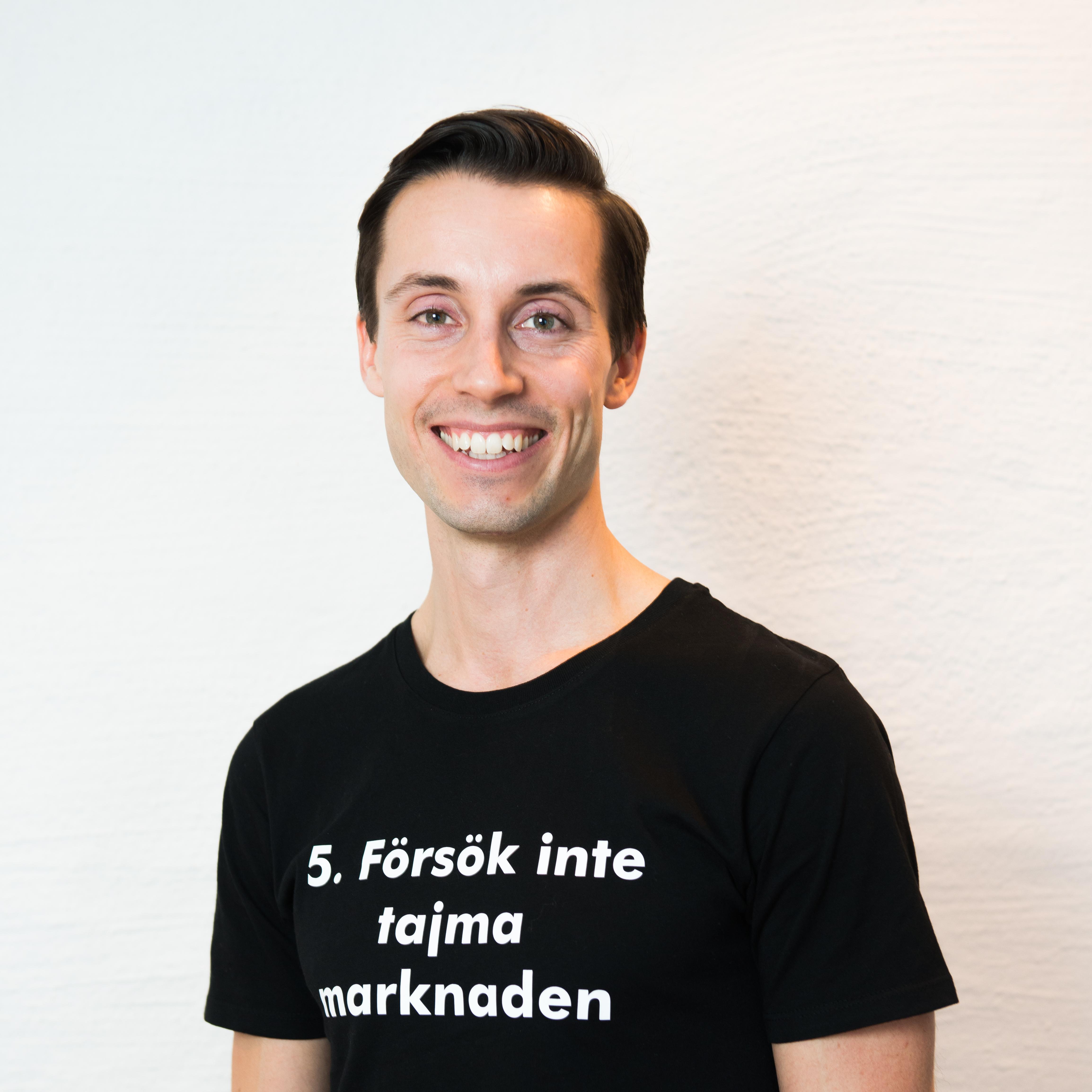 Patrick-i-t-shirt (1)